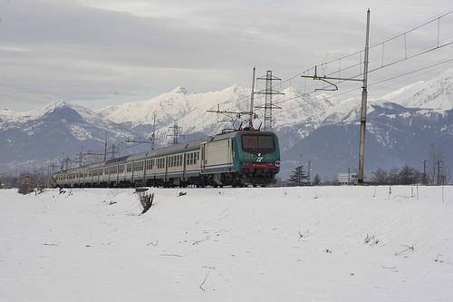 Photo of Treno della Montagna: sciare in Treno in Valtellina