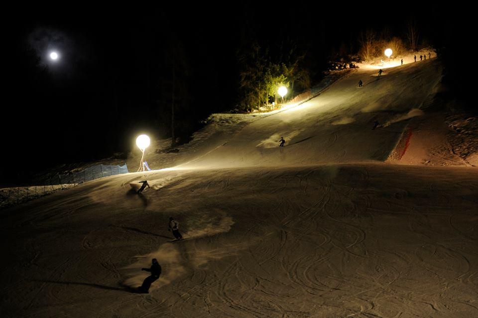 sciare a ponte di legno: sci notturno a ponte di legno