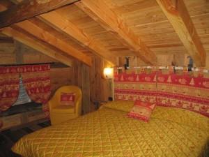 Hotel Les Rochers: una delle camere.