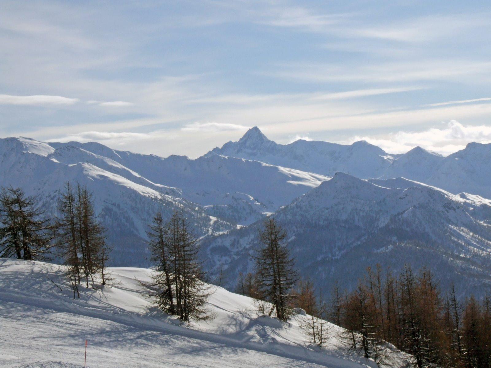 Photo of Sciare a San Sicario nelle Via Lattea in Piemonte