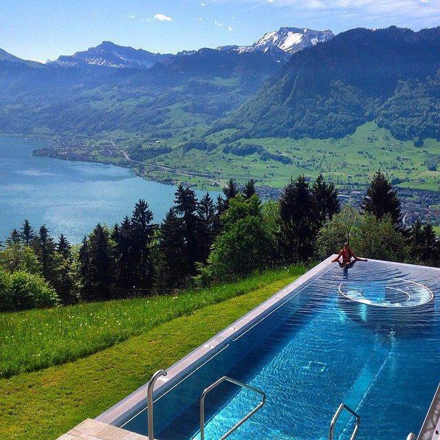 hotel villa honegg sci e relax nella fantastica piscina skimania. Black Bedroom Furniture Sets. Home Design Ideas