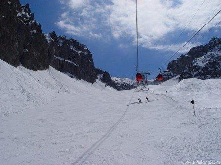 Photo of Guida al  Passo del Tonale, previsioni meteo, recensioni di hotel, rifugi, piste e impianti di risalita