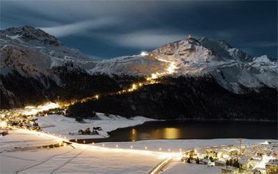 Photo of Sciata notturna a St.Moritz: cena, skipass e viaggio a soli 49 euro
