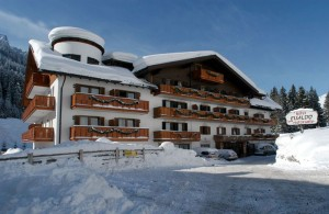 Evaldo_Arabba_Esterna_hotel_inverno