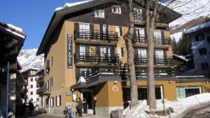 hotel emet a medesimo