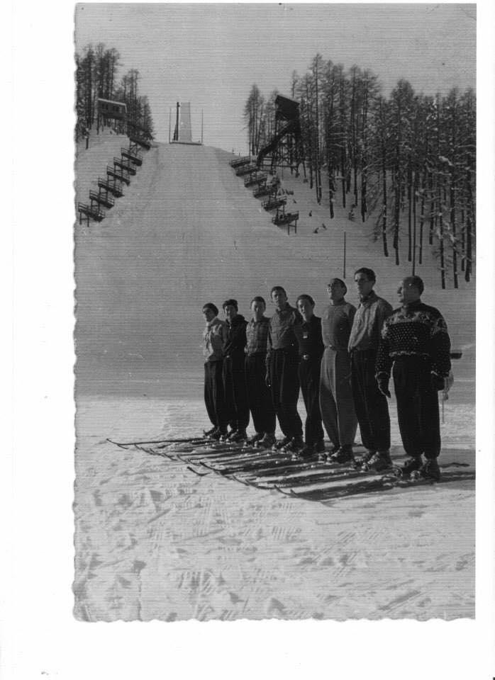 Photo of Salto con gli sci: foto anni 1930