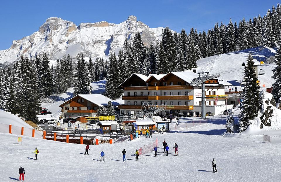 Photo of Hotel Laguscei a Passo Campolongo: foto e recensione